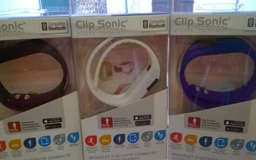 Idées cadeaux à offrir ou à s'offrir : bracelet d'activité connecté Clip Sonic
